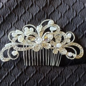 Set of two Beautiful bride hair combs